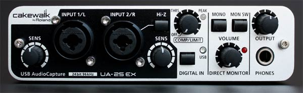 Front panel of the Cakewalk UA-25EX audio/midi interface.